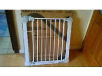 Safety 1st U-Pressure Fit Safety Gate , Easy Close Metal