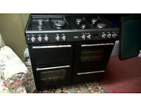BELLING RANGE COOKER WITH MATCHING HOOD EXTRACTOR UNIT