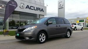 "2014 Toyota Sienna LE Was $29994 Now $28991, 3.5"""""""" multifuncti"