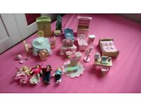 Bundle of Le Toy Van wooden dolls and furniture