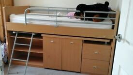 cabin bed new condition