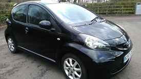 TOYOTA AYGO 1.0 VVTI BLACK EDITION 1 OWNER FULL DEALER HISTORY