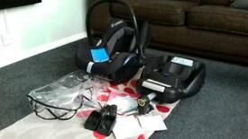 Maxi-Cosi Cabriofix 0+ Car Seat, Easyfix Base, + Adaptors, Rain Cover, Manuals