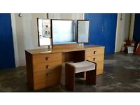 STAG DRESSING TABLE WITH 3 MIRRORS, DRAWERS & STOOL / BEDROOM WOODEN RETRO UNIT DELIVERY AVAILABLE