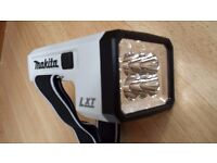 Makita LXLM01 18V LXT 6 LED Light Work up to 16 hours in one charge