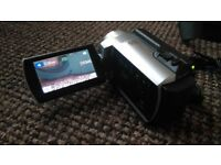 Sony Handycam Camcorder DCR-SR37 60Gb with case