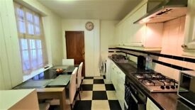 Spacious 3 bed house in Walthamstow