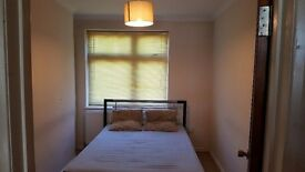 Fully furnished 1 bedroom flat in Romford.