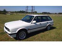 BMW 320i Touring E30