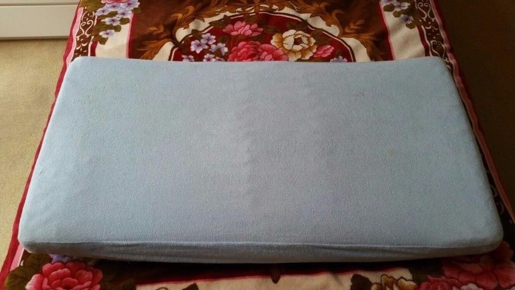 Kids mattress with a waterproof protector
