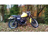 suzuki dr 370, classic enduro, green lane, winter hack, twinshock classic bike