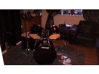 Mapex drum kit with zildjian cymbals in near mint condition