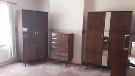 Lovely Meredew high gloss teak Bedroom set for sale - EXCELLENT CONDITION