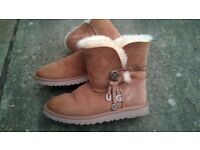 Brown UGG Boots, size UK5, as new