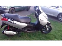 Piaggio x7 125cc , no mot , 58 reg, running