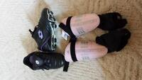 girls size 11 cleats and shin pads