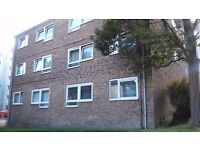 STUNNING ONE BEDROOM FLAT WITH PRIVATE PARKING