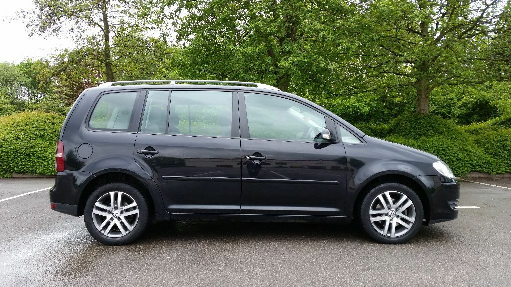 2008 new shape vw touran 2 0 tdi diesel 6 speed gearbox 7 seater black 1 previous owner. Black Bedroom Furniture Sets. Home Design Ideas