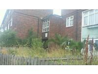 ***Spacious Three bed maisonette available now in Barking Ig1..must see!!***