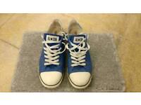 Blue Slim ox Converse £10 size 10