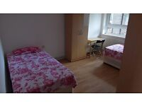 Twin room in Langdon Park with Bills & Wifi