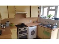 LNE GREAT ROOM IN WIMBLEDON WITH BILLS INCLUDED MINS TO THE STATION AVAILABLE NOW