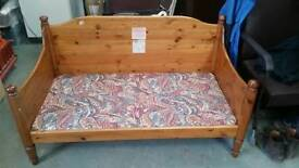 Childs pine bed