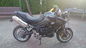 triumph tiger 1050 cc 2011