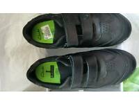 Brand new size 2 wide fit G Boys black clarks shoes (jack nano)