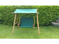 Garden swing seat in very good condition.