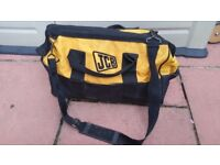 Hi for sale jcb tool bag in good used condition!can deliver or post