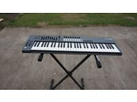 NOVATION LAUNCH KEY 61 With Stand