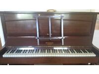 Piano Murdoch London needs a new home! Superb condition.
