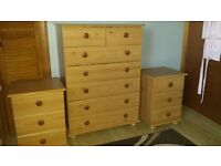 Bedroom furniture set