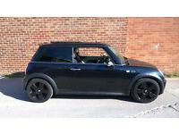 Mini Cooper S, black on black, panoramic roof, chilli pack, Full service history, 2 keys, warranty