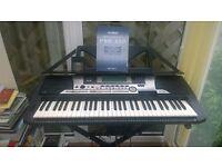 Yamaha Portatone PSR550 Keyboard Electric Piano