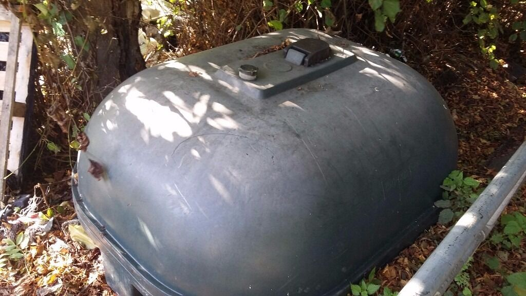 Heating oil tank diesel tank etcin Stroud, GloucestershireGumtree - Heating oil diesel tank green plastic Balmoral style approx 220 gallon single skin bargain price can arrange local delivery at buyers cost