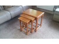 Coffee tables nest of 3