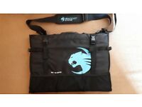 Roccat® Tusco – 20-24 inch Monitor Bag/Carrier - Pay what you want!