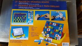 Children's magnetic whiteboard and words carry case box set COMPLETE with magnetic letters and pics