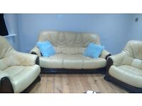 3-seat leather sofa + 2 comfortable leather armchairs