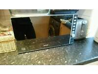 Fully working microwave and kettle