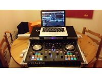 Traktor S4 mk2. With Official Traktor flightcase and dust cover