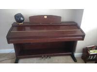 Piano Yamaha Clavinova CVP303