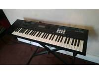 Roland Juno DS-61 Synth