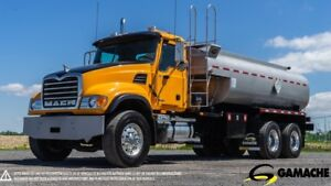 2003 MACK CV713 TANK TRUCK FOR DIESEL