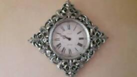 Distresded clock