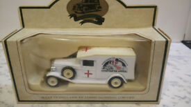 LLEDO DIE-CAST CLASSIC AMBULANCE PORTSMOUTH HOSPITALS LITHOTRIPTER APPEAL