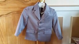3-4 years children suit very good condition used 2 times