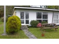 Homely & Sunny 2 Bed Bungalow with Countryside/Sea View -Near to Beach